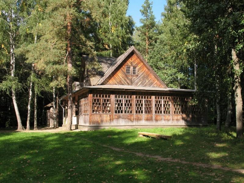 г. Шклов –  г. п. Копысь — музей — заповедник «Левки»