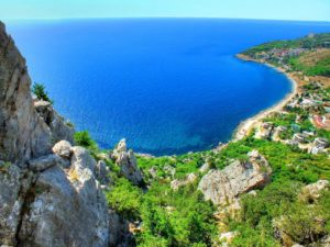 Пансионаты Коблева: шепот Черного моря и драйв настоящего отпуска